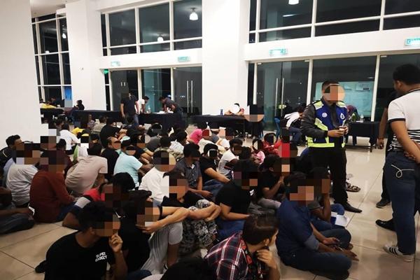 BERNAMA com - 94 pendatang tanpa izin ditahan - Polis KL