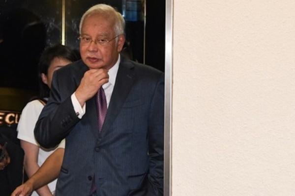 BERNAMA com - Jho Low introduced me to Najib, says AmBank former